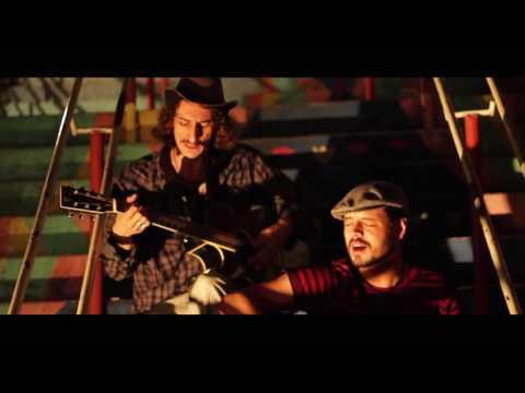 CAPTAIN FARREL - Mr Robinson - Simon & Garfunkel cover