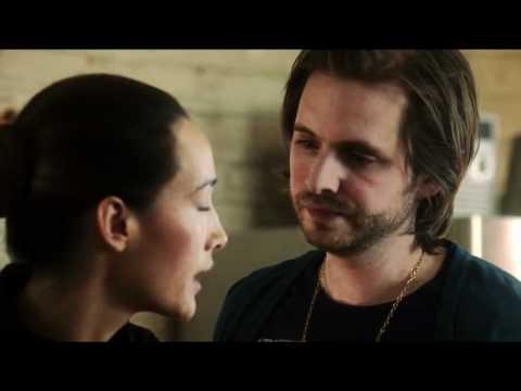 Nikita - 2x22 - Birkhoff Kissed Nikita! LOL!