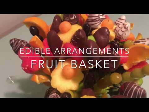 EDIBLE FRUIT BASKET / EDIBLE ARRANGEMENTS