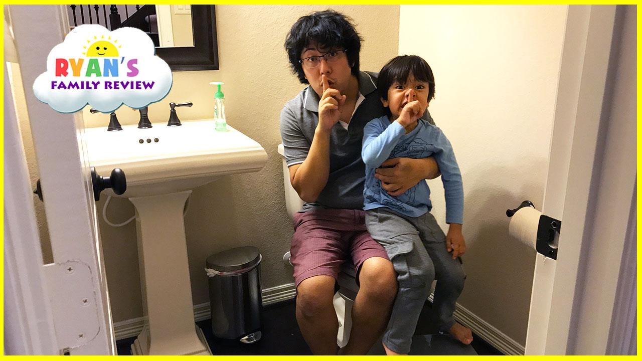 Kid Plays Scavenger Hunt Toys Hide N Seek Activities! Family Fun Playtime Ryan's Family Review