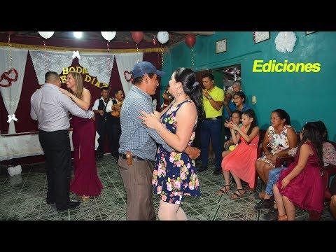 Boda Civil #5 baile del Vals en boda Argueta Diaz - Ediciones Mendoza