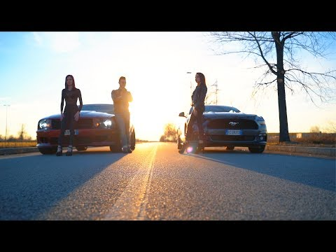 Mustang Saleen V8 vs Ecoboost 2.3