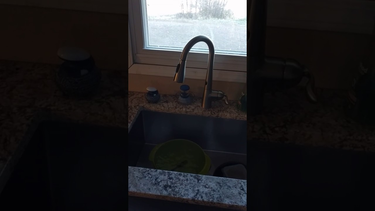 Moen 7594ESRS Arbor With Motionsense not working correctly - YouTube