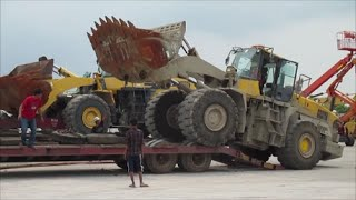 Heavy Equipment - Loading Monster Wheel Loader