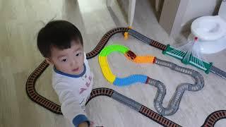 성주일상 20200120 칙칙폭폭 기차놀이.기차장난감(…