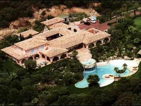 La lorada villa de johnny hallyday ramatuelle youtube - Toutes les maisons de johnny hallyday ...