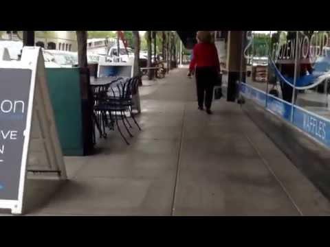 Walk: downtown Salem, Oregon; small capture of shopping area
