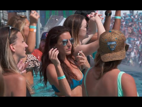 Francis Hits on Chicks at the Jaguars VIP Pool