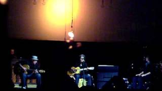 Tracy Chapman sings Michael in Paris 06/26/09 - I
