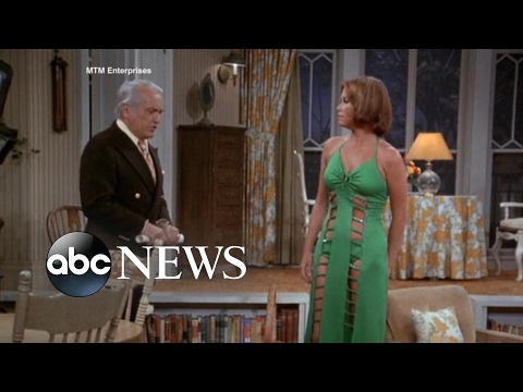 Mary Tyler Moore's Most Memorable TV Moments