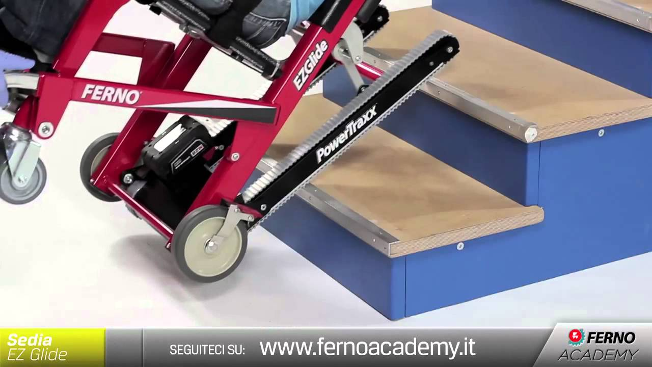 Ferno academy user 1 sedia ezglide powertraxx youtube for Sedia motorizzata per scale
