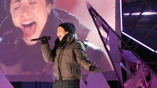 Demi lovato - give your heart a break. niagara falls new year's eve 2014 sound check