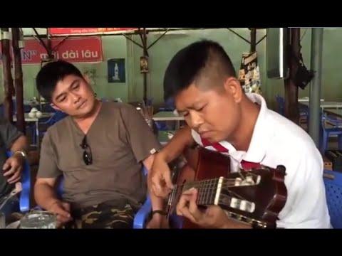 Màn biểu diễn guitar khiến người nghe nổi da gà