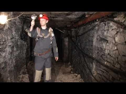Приборы для замера воздуха в шахте.