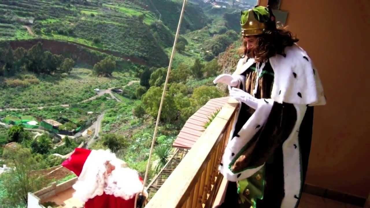 Fotos Papa Noel Reyes Magos.Papa Noel Vs Reyes Magos