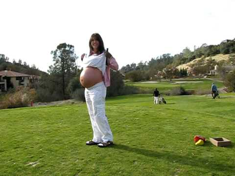 GOLFING WHILE 9 MONTHS PREGNANT