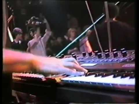 D Train - Keep on - Live in Concert