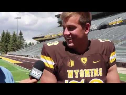 40-yard Dash: Wyoming offensive lineman Chase Roullier