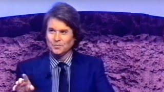 """Raphael en """"No te olvides del cepillo de dientes"""" con Álex Casanovas (Antena 3). 1994"""