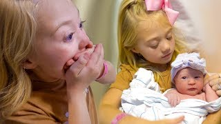 Download Everleigh meets her New Baby Sister for the Very First Time!!! Mp3 and Videos