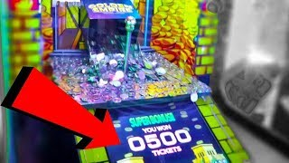 I Won the Super Bonus on an Arcade Coin Pusher Game!