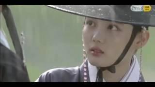 Mây Hoạ Ánh Trăng Tập 12 cảnh trú mưa cực kỳ lãng mạn