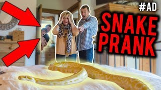 PRANKING MY PARENTS WITH A GIANT SNAKE
