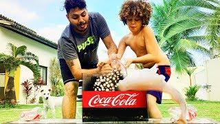 O Maior Experimento de Coca Cola com Mentos - Isaac do Vine