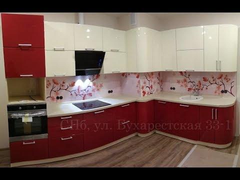 Кухня глянец. Кухня с вентиляционным коробом. Кухня на заказ в ЖК София.