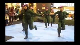 goyang dumang versi menwa uns tni military festival