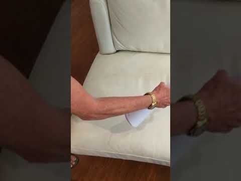Leather couch cleaning with biodegradable solution - VeraClean