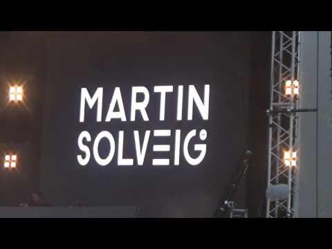 "Martin Solveig ""Hello"" Lollapalooza Berlin 11.09.16"
