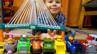 Мультик про машинки для детей. Щенячий патруль и другие машинки ездят по железной дороге