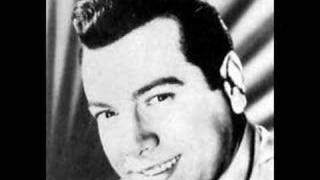 Watch Mario Lanza The Rosary video