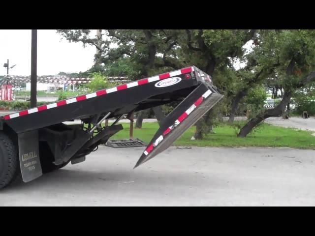 Ledwell HydraTail Truck 2