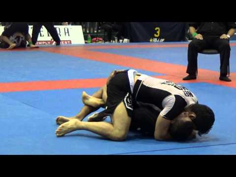 Matheus Diniz vs Gilbert Burns, Black Belt Adult Male Open C