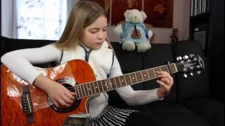 Minuet by Robert de Visee - Emma (Guitar Student Performances)