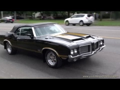 Muscle Cars: Huge Accelerations!