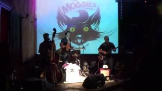 The Moggies live Madly Blitzkrieg Bop