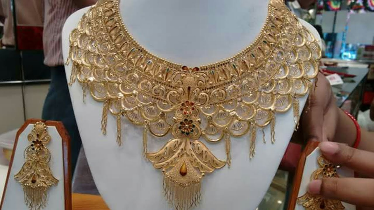 ab93e67e7fa9a8 Latest Bridal Gold Necklaces ||CHOKER ||Designs with WEIGHT - YouTube