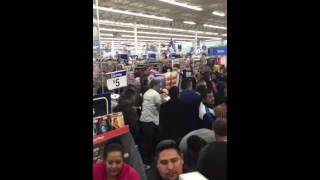 People Riot Over Black Friday Sales At Wal-Mart In El Paso, Texas 2015