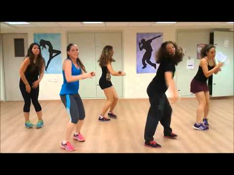 Zumba ® Fitness With AnnZ - Bananeira   Sergio Mendes Feat Mr Vegas