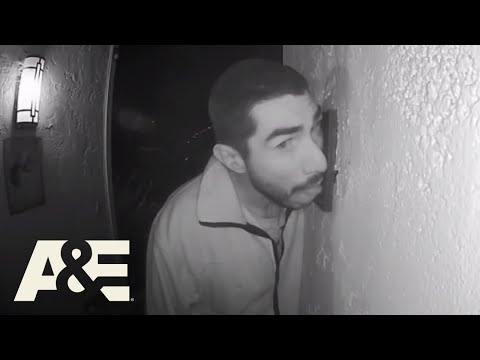 Live PD: Searching for the Doorbell Licker (Season 3)   A&E