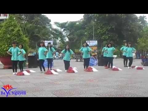 Năng động Sinh viên UFM 2014 - Nhóm nhảy lớp 13DLH1