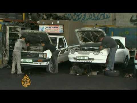 Israel allows new cars into Gaza
