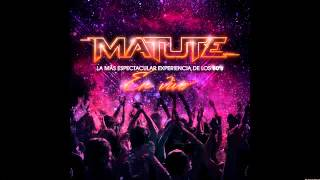Matute - Party Medley: Walk the Dinosaur / All Night Long / Conga / Celebration - En Vivo