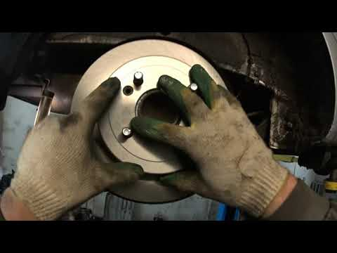 ✅ ✌🎥🛠👍 Как поменять, задние тормозные колодки. Kia Rio #Замена #задних #тормозных #колодок #КИА #РИО