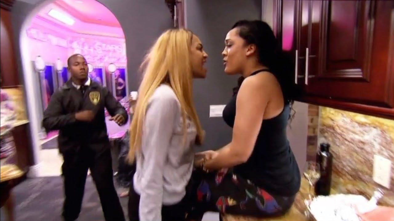 Download Natalie Nunn vs. Camilla & Redd - Bad Girls Club (Season 13)