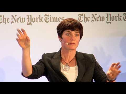 2016 ENERGY FOR TOMORROW - A Conversation with Dame Ellen MacArthur: Rethinking the Future