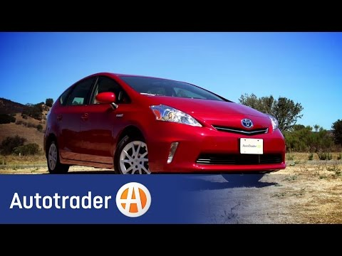 2013 Toyota Prius v - Hybrid | New Car Review | Autotrader